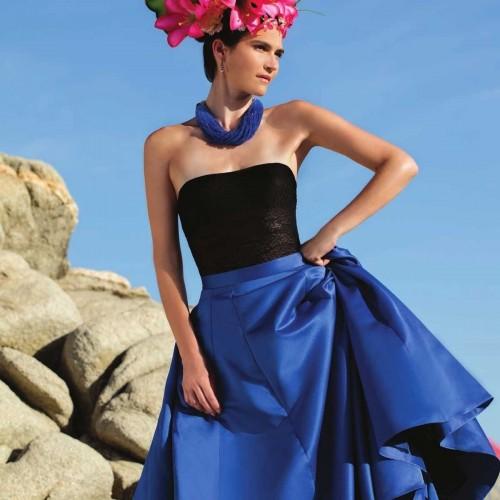Vestido Crop Top Falda Lisa Nikki Italy